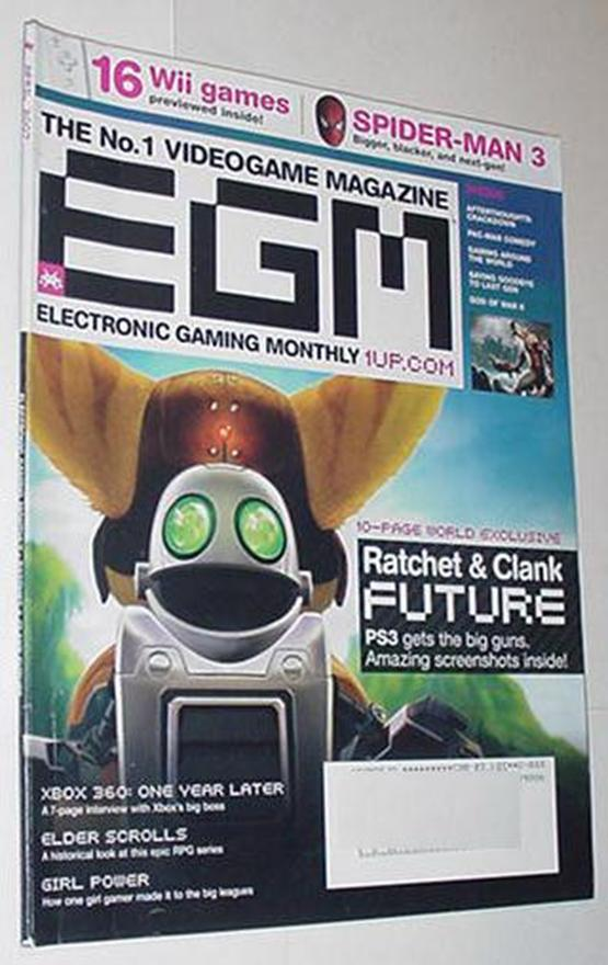 Electronic Gaming Monthly 214 Ratchet & Clank Futu
